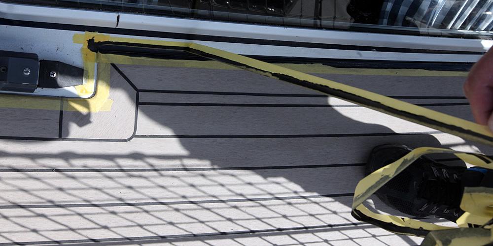 kunststoff teak als decksbelag selber verlegen eine foto. Black Bedroom Furniture Sets. Home Design Ideas